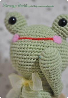 Frog rogi - amigurumi
