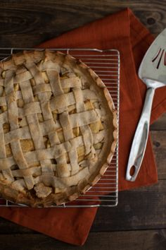 Naturally Ella | Apple Pie with whole wheat crust (without refined sugar)