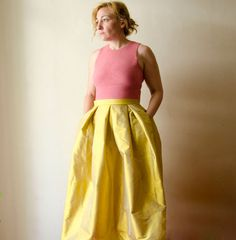 Yellow Maxi Skirt, Silk Taffeta Long Evening Skirt with Pleats and Pockets, Prom Skirt, Bridesmaids Short Women Fashion, Office Fashion Women, Over 50 Womens Fashion, Fashion Tips For Women, Curvy Fashion, Fashion Ideas, Fashion Hacks, Fashion Fall, Fashion Design