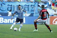Além do empréstimo, Grêmio pagará salários de Pará por dívida com o Fla #globoesporte