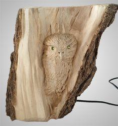 Оригинальная идея и исполнение - представляю вам интересное бра из дерева. Выполнено на лазерном станке, поэтому имеет достаточно хорошую детализацию резки. Будет неплохо смотреться в декоре с использованием дерева в отделке, например в загородном доме или бане. А можно и подарить кому нибудь на Новый Год! #сувенирыгорногоалтая #браиздерева #брасова #соваиздеревасподсветкой #деревяннаясова