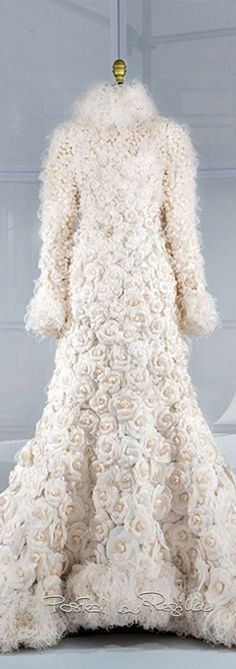 Regilla ⚜ Wedding dress by Karl Lagerfeld for the House of Chanel, Couture Fall-Winter 2005