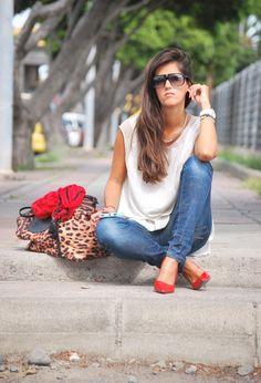 Oysho  Camisas / Blusas and Zara  Tacones / Plataformas