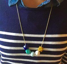5 perles, un bout de cordon et voici un collier DIY !
