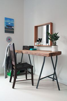 I love the mirror in this because it has built in shelf for accessories to sit on.  Great idea.
