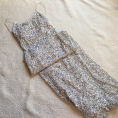 Cache sequin gown Very good condition. Worn only twice. A beautiful gown. Cache Dresses
