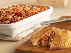 Picture of Sausage & Mushroom Calzone Recipe Sausage Recipes, Pizza Recipes, Brunch Recipes, Cooking Recipes, Easy Recipes, Brunch Foods, Calzone Recipe, Braised Chicken, Pork Dishes