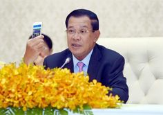 "Cambodian Prime Minister Samdech Akka Moha Sena Padei Techo Hun Sen has acknowledged the significance of information technology (IT).""I recognise that IT is very important in boosting development and maintaining national stability and security,"" said the premier on a Facebook post this morning.Samdech Techo Hun Sen also encouraged all senior officials and civil servants to learn more about IT, especially how to use smart phones which will bring many benefits to their daily works, and thus…"