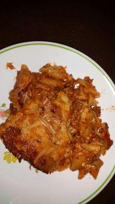 Five cheese homemade mostacholi fresh from the oven. Gotta love that gudda. Yummmmm