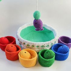 The benefits of the fishing set: 1. Develops children's motor skills by playing first with the rings and then with the full set 2. Develops space orientation 3. Supports learning concepts like far-close 4. Supports learning concepts like big - small 5. Helps the child learn the basic rainbow colors 6. Helps the child associate colors 7. Children can use it to learn how to count