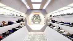 London Store | LN-CC