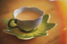 by emilyotapp, via Flickr Sweet Home, Tableware, Dinnerware, House Beautiful, Tablewares, Dishes, Place Settings