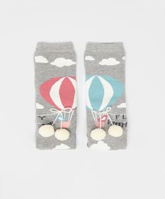 Balloon Socks #oysho #socks omg wants really bad for my foots! Hot air ballons with pompoms. Kawaii!