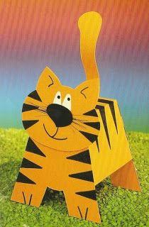 León y tigre. Juguetes de papel.