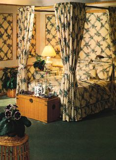 Bedroom Decor, 1980s