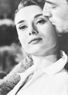 Audrey Hepburn and Gregory Peck in Roman Holiday, 1953. Via hollywoodlady.tumblr.com/