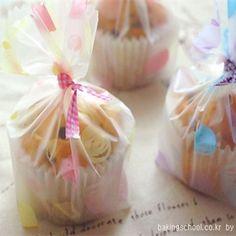 Venta al por mayor de la magdalena de plástico bolsas de galletas para el regalo de envasado de panadería para la boda y el festival fuentes del partido 12 * 20 cm(China (Mainland))