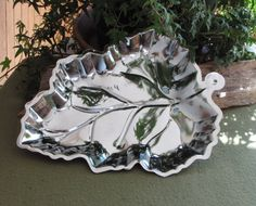 Metal Serving Dish in a Leaf Pattern and Silver by LazyYVintage. http://www.etsy.com/shop/LazyYVintage