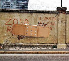 Provocative Street Art by Fra.Biancoshock