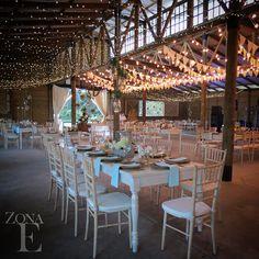 En la boda de #EcheyLore @floresdeabril se lució con la decoración, aprovechando cada espacio de #ZonaE #Llanogrande #BodasAlAireLibre #BodasCampestres