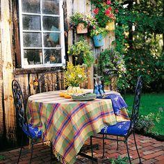 I love outdoor dining
