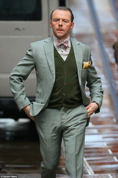 The actor, was back to his quirky role as Benji Dunn in a bright green suit and clashing red bow tie, as he arrived at St Paul's Cathedral to shoot scenes for the upcoming flick. Mission Impossible 6, Sean Harris, Ving Rhames, Vanessa Kirby, Simon Pegg, Green Suit, Karl Urban, Men's Toms, Dressed To The Nines