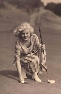 Jean playing golf at the Riviera country club 1932