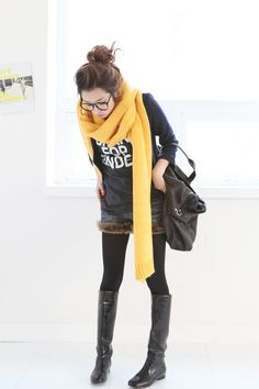 LOOOVE that scarf. and the cute little bun! And those boots too. Everything lol #korean #fashion