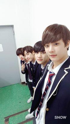 Asian Boys, Boy Groups, Kpop, Actors, People, Angels, Random, Asian Guys, Angel