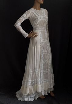 1910 Edwardian tea dress. Off-white pintucked and gathered chiffon was inset with four different kinds of white lace, then layered over a white ruffled tulle underdress. Photo: Vintage Textile