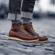 "mycultizm: ""One of the most impressive combinations so far SK Indigo Selvedge Moc Toe 8138 with Anonymous Ism socks! Mens Fashion Shoes, Fashion Boots, Red Wing Moc Toe, Red Wing 8138, Wedge Boots, Shoe Boots, Suit Shoes, Dress Shoes, Red Wing Boots"