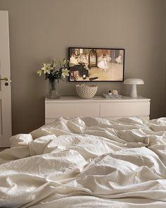 Design Your Bedroom, Home Room Design, Dream Home Design, House Design, Room Ideas Bedroom, Home Decor Bedroom, Master Bedroom, White Room Decor, Cute Home Decor