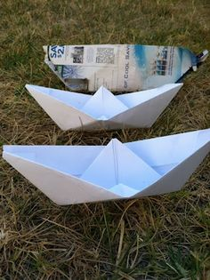 Make & Float Paper Boats - A little backyard fun, a little science for kids. It's a perfect summer activity for kids! Summer Activities For Kids, Water Activities, Science For Kids, Preschool Activities, Pirate Preschool, Preschool Curriculum, Homeschooling, Lighthouse Keepers Lunch, Boat Crafts