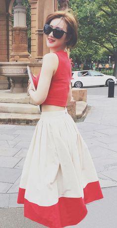 Two-tone cotton creped midi skirt