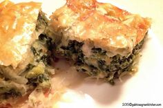 Bacon Dip, Cheese Pies, Spinach And Feta, Green Kitchen, Spanakopita, Potato Chips, Food To Make, Easy Meals, Appetizers