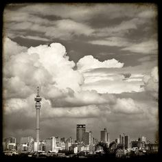 The Biggest Economy In - Johannesburg South Africa Pushpa Padayichie Jacob Zuma, Johannesburg Skyline, Out Of Africa, Beautiful Places To Visit, Historical Sites, Landscape Photos, Vacation Spots, Places To Travel, South Africa