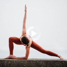 yoga photography / yoga + yoga poses for beginners + yoga poses + yoga fitness + yoga quotes + yoga inspiration + yoga photography + yoga outfit Ashtanga Yoga, Yoga Régénérateur, Yin Yoga, Yoga Meditation, Pilates Yoga, Iyengar Yoga, Yoga Flow, Yoga Nyc, Yoga Handstand