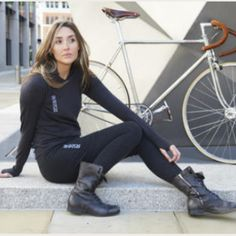 Roads Rags – clothing for the stylish cyclist.   Inspired by the needs of the urban cyclist, new London based bike clothing brand Road Rags look to innovate the clothing scene with their new merino wool garments