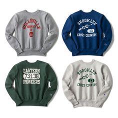 リバースウィーブ・ロゴスウェット   チャンピオン(Champion)公式通販 - JACKET REQUIRED Vintage Tee Shirts, Vintage Sweaters, Crew Neck Sweatshirt, Graphic Sweatshirt, T Shirt, Leavers Hoodies, Athletic Fonts, Vintage Champion, Sport Outfits