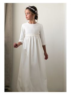 """New model in our """"Special communion"""".) We recommend wearing petticoat for this communion dress. Girls First Communion Dresses, Holy Communion Dresses, Baptism Dress, Little Girl Dresses, Flower Girl Dresses, Baby Dress, Dress Up, Communion Hairstyles, Dream Dress"""