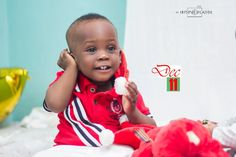Photo: Little star your little light shine and we see how wonderful you are just like a diamond all the time  Jide Pounds Ibitoye Dec11 -2016  Merry Christmas in advance peeps... Turn on your notification in other not to miss this wonderful display from now till Christmas... lets make you look extraordinary this Christmas season.  Photography: #ibitoyeolajide  #thejayxart #christmas #Dec11 #photography #creativity #beauty #photographer #fashion #art #baby #babies #wonderfulbaby #glamour