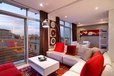 Holiday Accommodation in Seapoint Cape Town