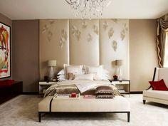 Klassische Schlafzimmer Einrichtung mit Leder-Paneelen