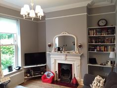 Eimear McCann shared this stunning photo of her sitting room painted in Colourtrend Silver Moonlight. We can understand why she gets so many compliments on it!