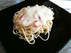 NUEVA ENTRADA EN EL BLOG!!! Espaguetis con beicon y besamel, no te lo pierdas 😊