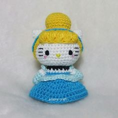 Amigurumi hello kitty princess cinderella