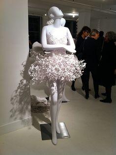 paper dress-very Sue Bryce-y, no?