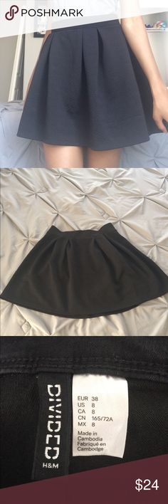 "BLACK SKATER SKIRT SALE📌 PRODUCT FEATURES -Mini diamond patterns   SIZING -1-3; Small -29""-30"" waist -34.5""-35.5"" hip   -Elastic waistband   FABRIC & CARE -Polyester -Spandex -Machine wash *Purchased from Khol's Joe B Skirts Circle & Skater"