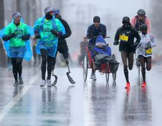 The perseverance at the 2018 Boston Marathon, in 26 photos Boston Usa, Boston Marathon, New England, Harvard, Massachusetts, Perspective, Sports, Rain, Inspirational