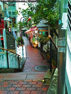 Boutique alleyways in Japan-this is why I miss japan so much